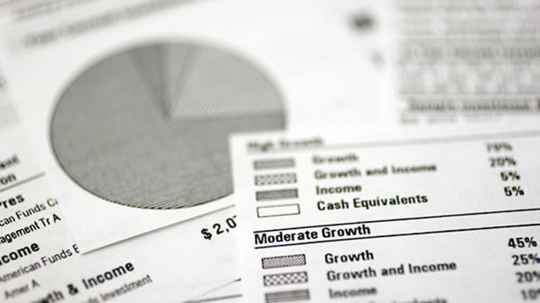 Last-Minute Tax Season Decisions: Make Your IRA Contribution on Time