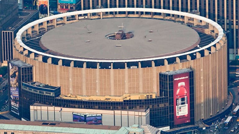 How Madison Square Garden Msg Could Get A Windfall From Its Air