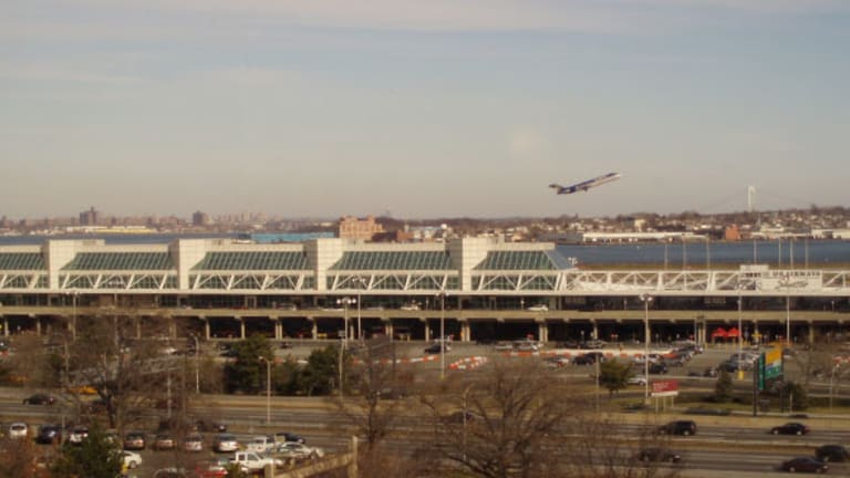 Here's Why New York Area Airports Score Low With Travelers
