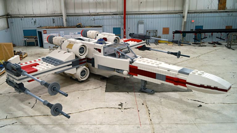 10 Most Amazing Lego Creations Ever Made