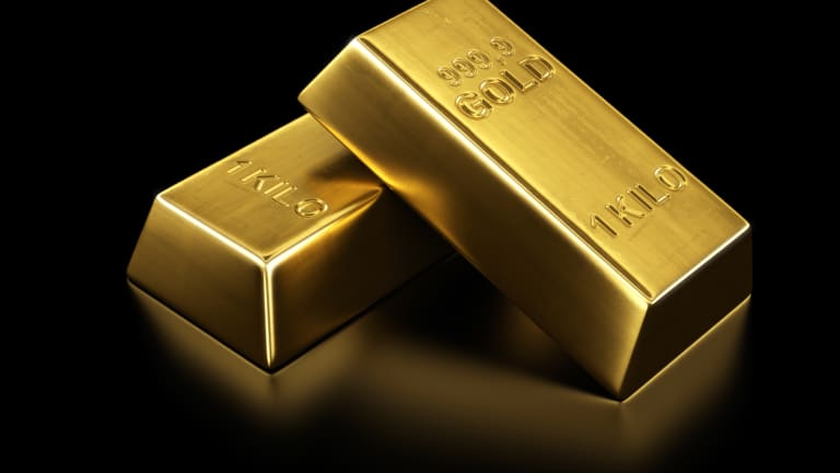 'Tepid' Gold Hits Nearly 4-Month Low Ahead of Weekend