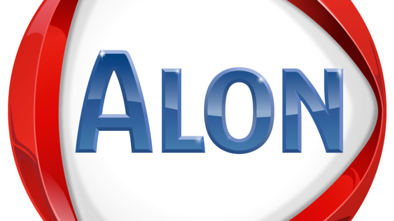 Buy Oil Player Alon USA Energy, and Don't Worry About the Price of Crude
