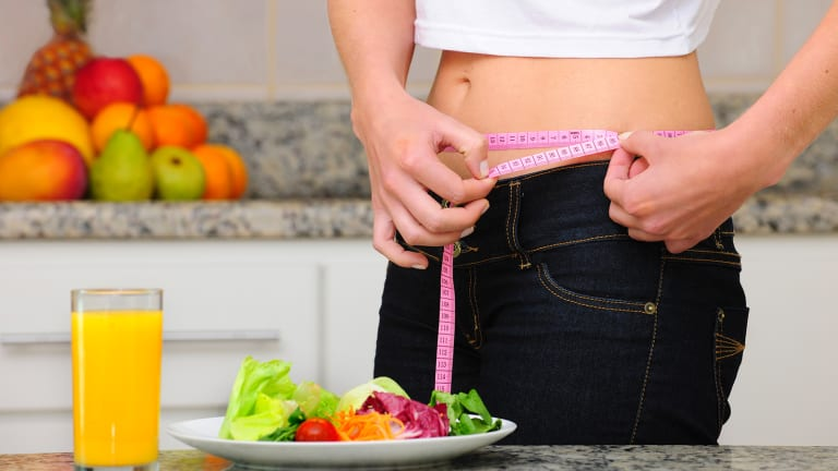 Weight Loss Programs May Thin Your Wallet, Not Your Waist