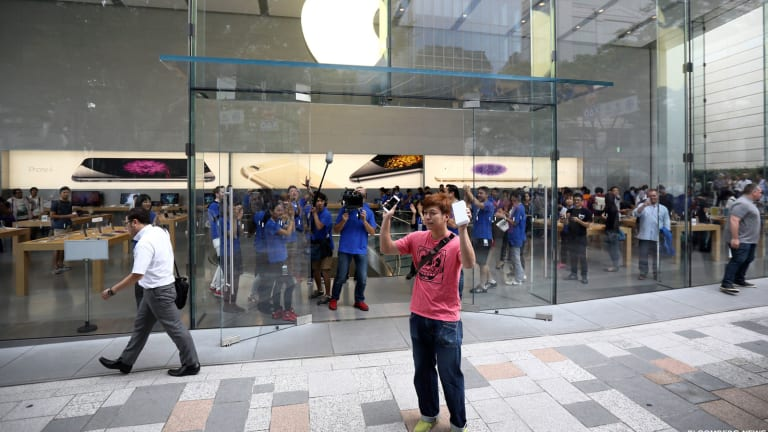 Jim Cramer -- Apple's Earnings Beat Is a Relief
