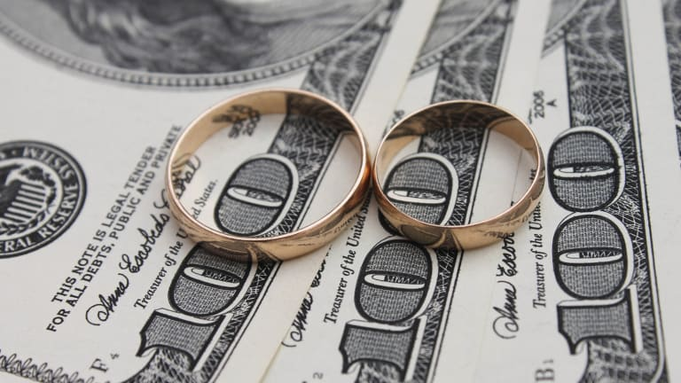 TurboTax: 5 Tax Benefits You Get When You're Married