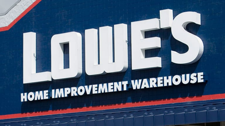 Lowe's (LOW) Stock Tumbles Despite Robust Q4 Earnings