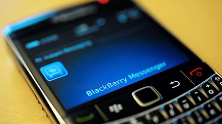 BlackBerry Jumps on Google Partnership, Aruba Soars on H-P Merger Talks: Tech Winners & Losers