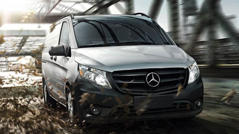 Daimler Expands in Business-Friendly South to Boost Van Sales