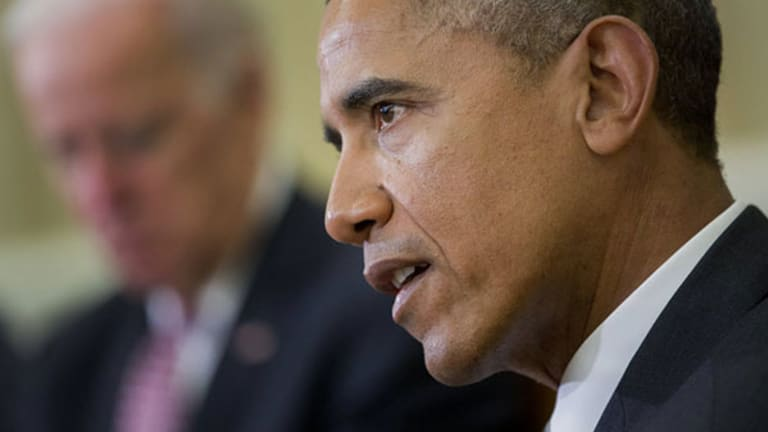 "Obama Wants to Rescue Americans from ""$17 Billion of Bad Investment Advice"""