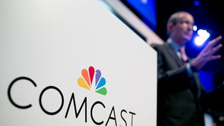 Comcast and Cablevision Rise on Time Warner Merger Deal -- Telecom Winners & Losers