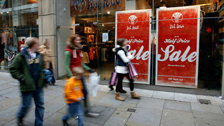 Retailers See Sales Slump As Consumers Halt Purchases of Attire
