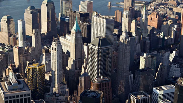 Wells Fargo, Bank of America Shut out of New York Luxury Real Estate Boom by Foreign Investors