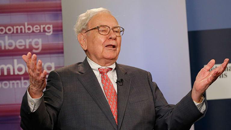Warren Buffett Turns 85: What He Wants in a Successor