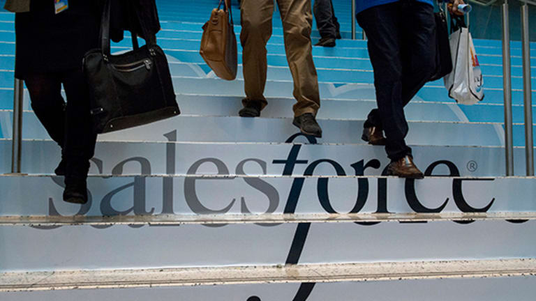 Salesforce Rises on Earnings Beat, Growing Cloud Demand: What Wall Street's Saying