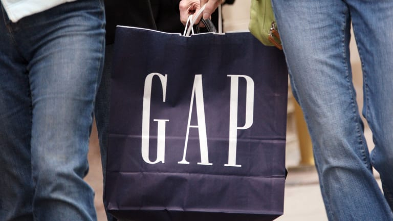 Gap (GPS) Stock Stumbles in After-Hours Trading on Gloomy 2016 Outlook, Q4 Results