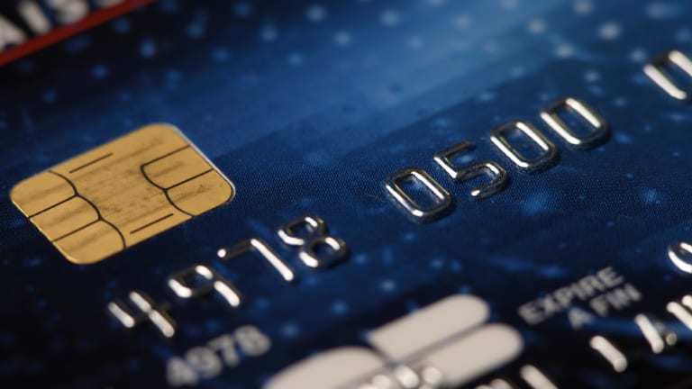 Why We're Still Years Away From Chip-And-PIN Credit Cards