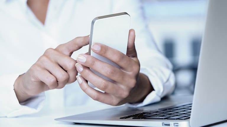 FCC Set to Cap Cell Phone Robo Calls for Federal Loan Collection