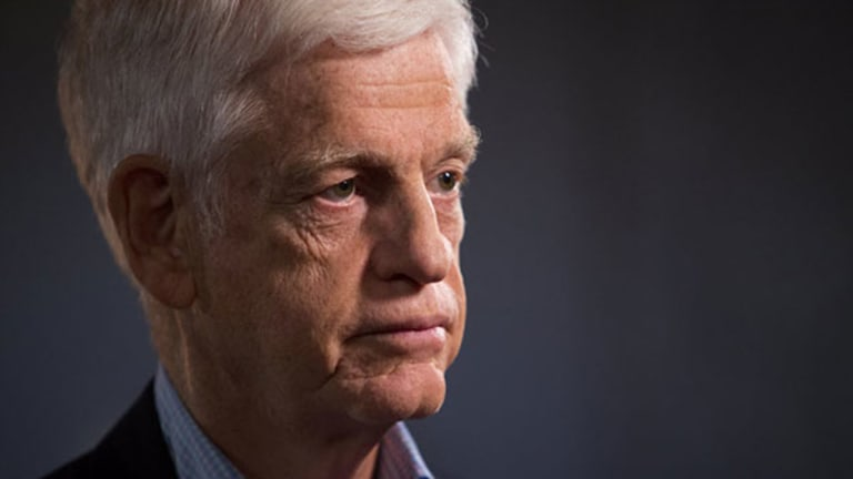 Gabelli Says Shareholders Should be Happy With Buffett's Performance