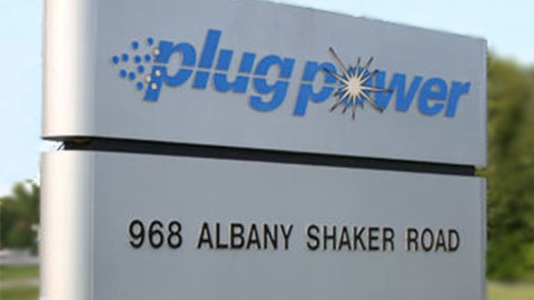 Amazon Partner Plug Power's Earnings Miss Target, Shares Knocked Down 10%