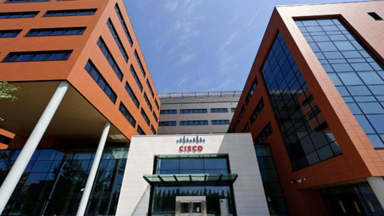 Cisco Surges on Revenue Beat: What Wall Street's Saying