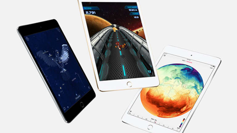 10 Hottest Tech Gifts for 2015