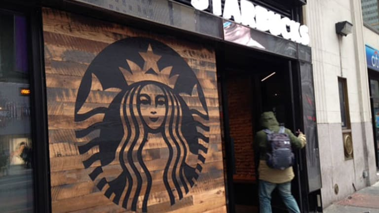 Will Starbucks Customer Loyalty Program Changes Sink Stock?