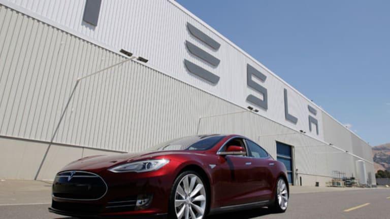 Tesla (TSLA) Stock Plummets, Analysts Warn of Risks to Earnings