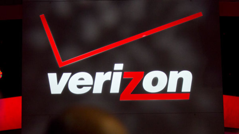 Why Your Privacy Just Took a Big Hit With Verizon-AOL Deal