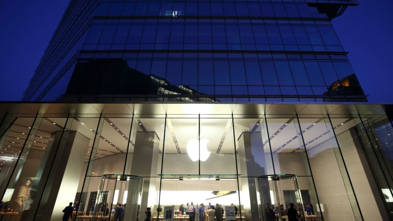 Tax Settlement Takes a Bite Out of Apple -- Tech Roundup