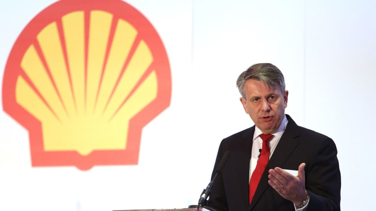 Shell Stock Gains on Reduction of Interest in Woodside Petroleum