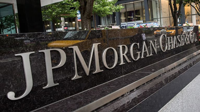 JPMorgan Chase to Lay Off 2% of Workforce Amid Cost Cuts
