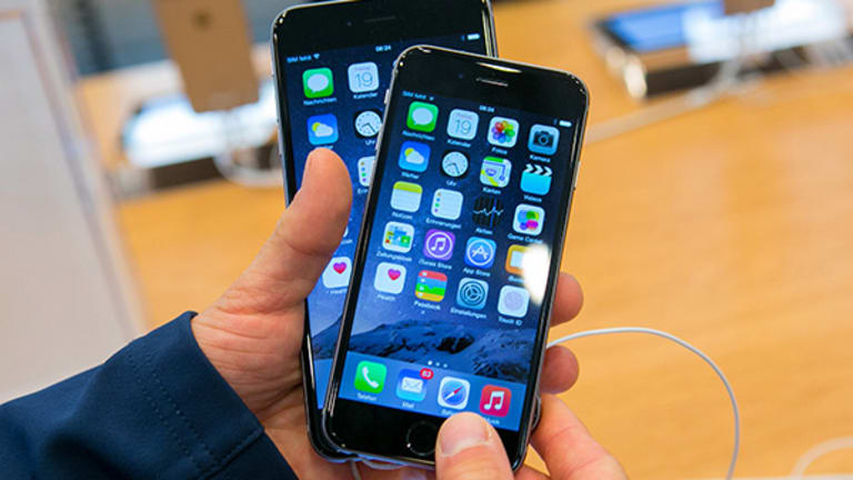 Apple Beats Samsung for the First Time in Global Smartphone Sales