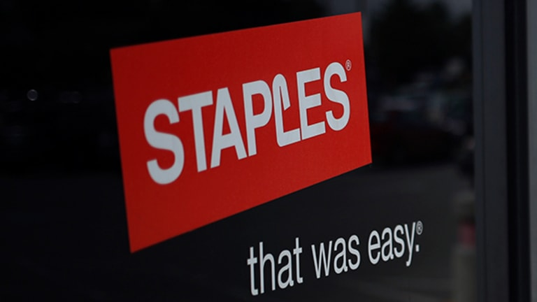 Here's Why Same-Day Delivery Won't Help Staples