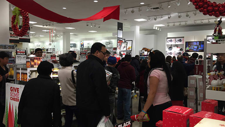 What Should Investors Make of This Year's Black Friday, Cyber Monday?