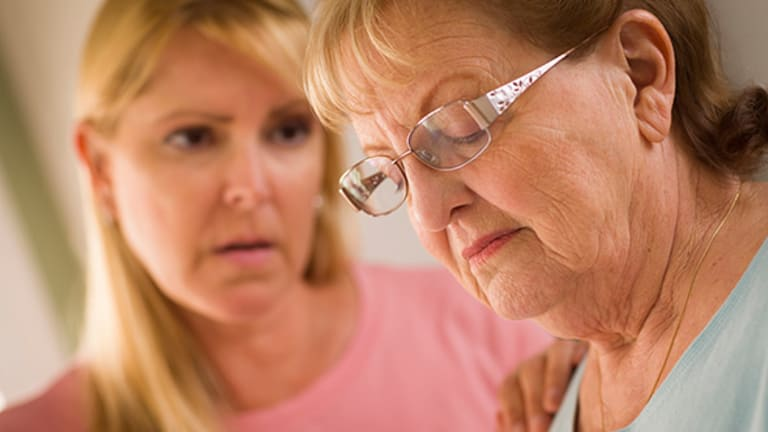 How to Stop Your Elderly Loved Ones From Being Victimized by Financial Fraud
