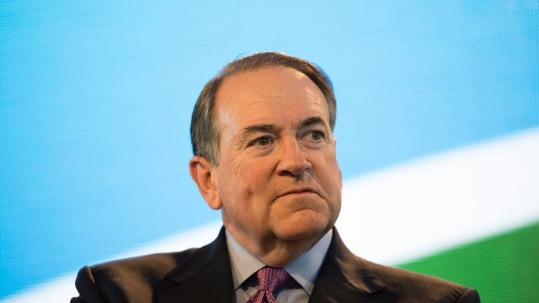 Will Huckabee's Flat Tax Actually Generate 6% GDP Growth?