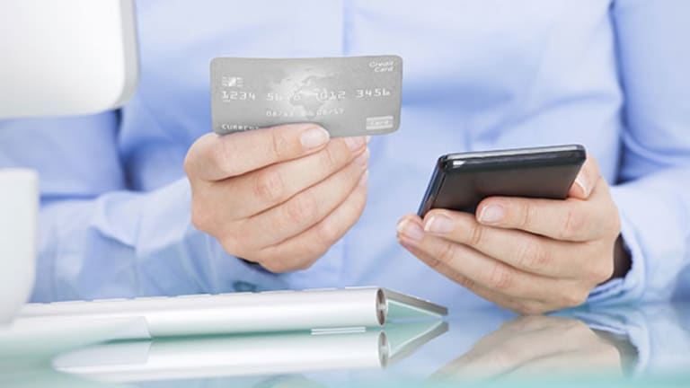 Is Now the Time For You to Start Closing Credit Card Accounts?