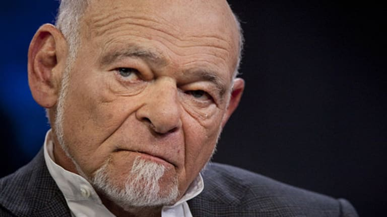 Sam Zell, Mark Mobius at Loggerheads Over Russian Investing