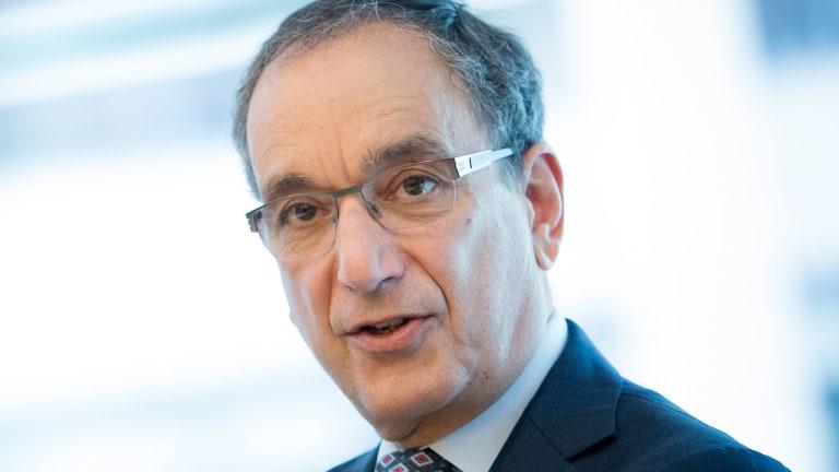 Biogen Banks on High-Risk Drugs to Recapture Biotech Buzz
