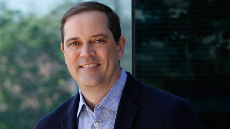 New Cisco CEO Robbins Faces Challenge in Networking Industry Transition, Watchful Eye of Predecessor