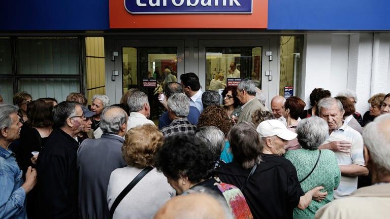 Polls Close on Greece Referendum Vote