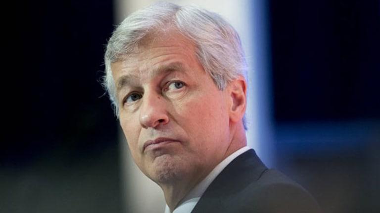 JPMorgan's Earnings Miss May Signal Gloomy Quarter for Banks