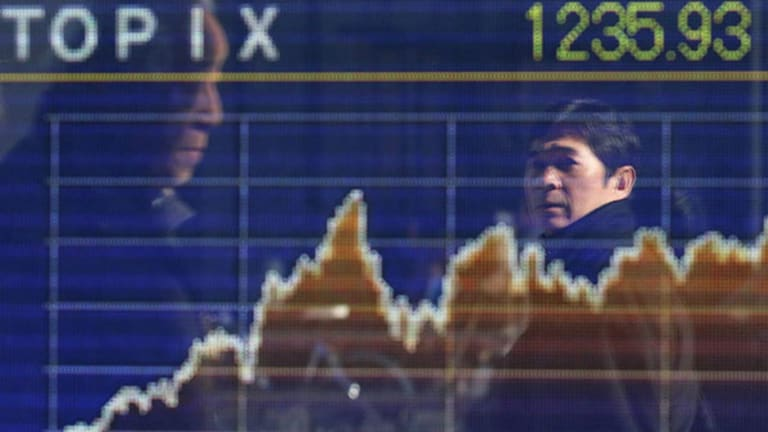 Asian Stocks Mixed; Strong GDP Growth, Weaker Yen Boost Japanese Shares