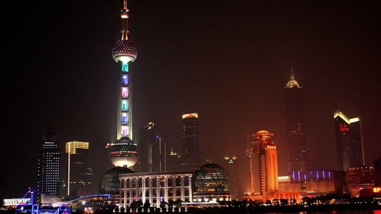 Don't Invest in China's Stock Market: Slowing Growth and Massive Debt Raise Risk