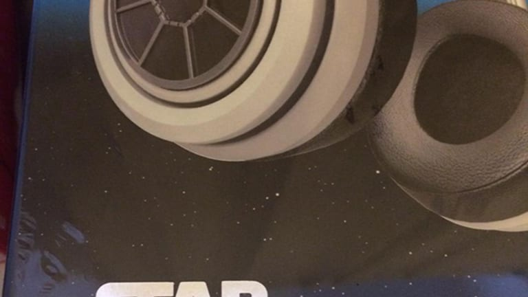 Star Wars Second Edition Headphones Review -- The Force Is With Them
