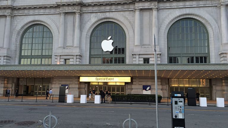 Bullish on Apple? Here Are 4 Things to Watch