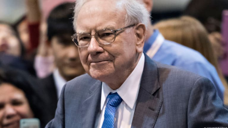 IBM and 9 Other Companies Giving Warren Buffett a Headache in 2015 -- Including One Jim Cramer Is Selling