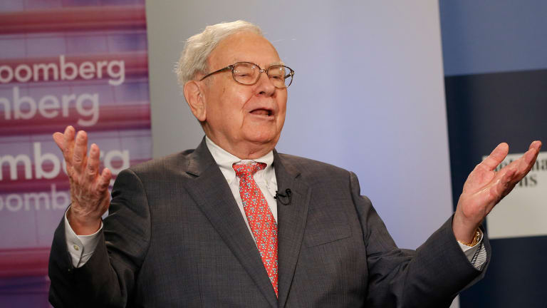 Warren Buffett's Three Biggest Mistakes to Avoid in 2015