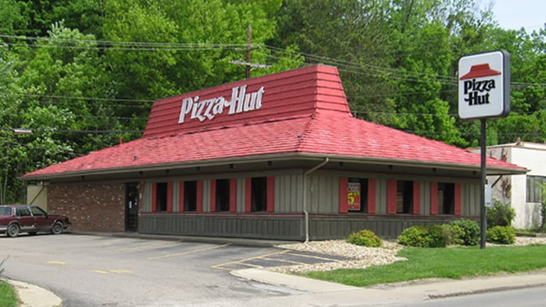 Not Only Will New Pizza Huts Look Different, They'll Also Serve Alcohol
