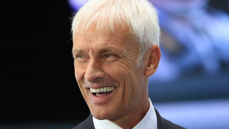 Can Matthias Mueller Rid Volkswagen of Scandal in Wake of Winterkorn's Exit?